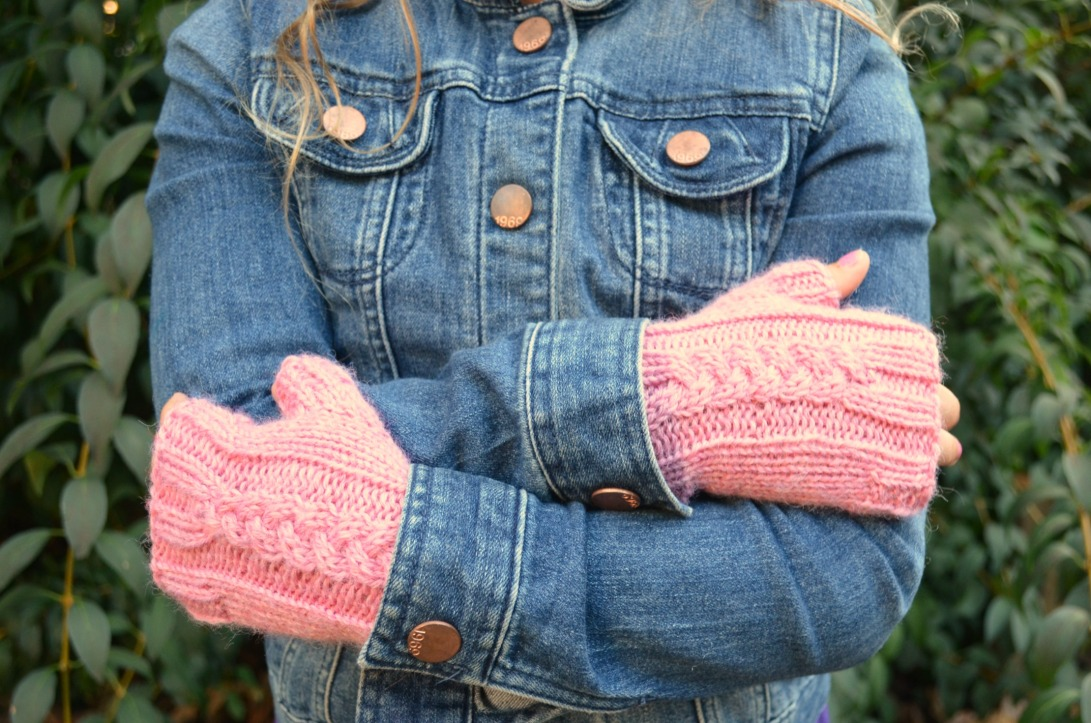 Free Pattern for Kid Size Fingerless Gloves